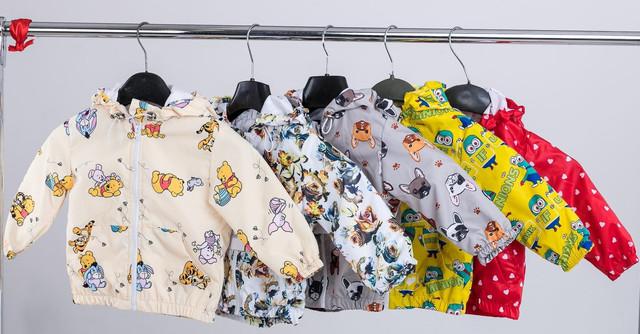 картинка легкая детская куртка из плащевки