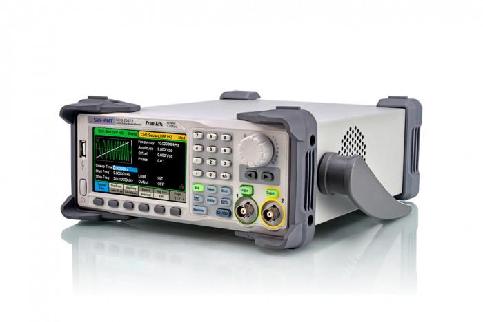 SDG2082X генератор произвольных форм сигналов 80 МГц, 2 канала,возможна калибровка в УкрЦСМ
