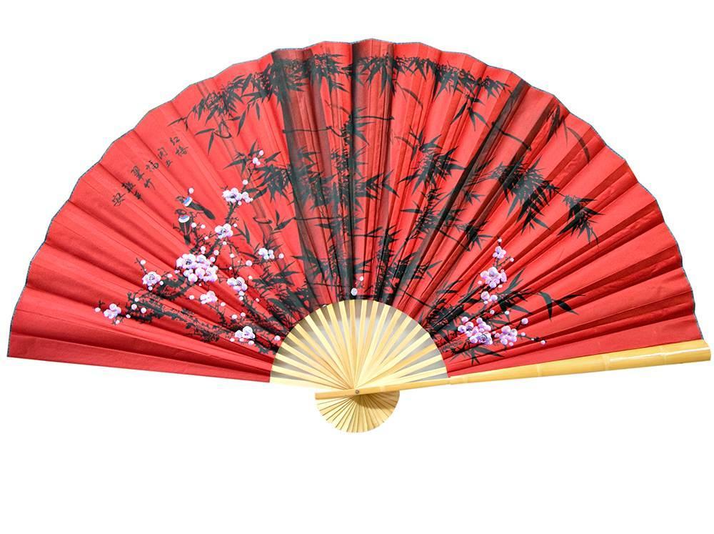 """Настінний віяло """"Сакура з бамбуком на червоному тлі"""" шовк (90см)"""