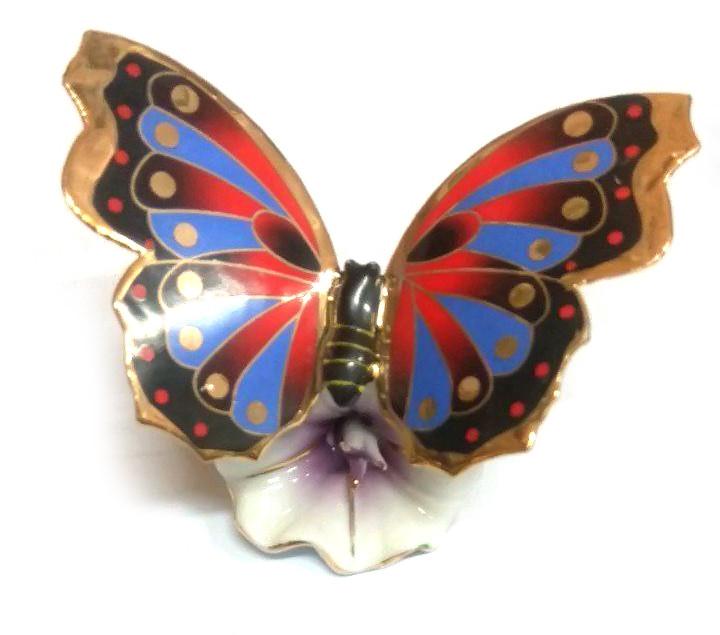 Статуэтка Super Hit Бабочка на цветке   фарфор (8,5х5х6см)