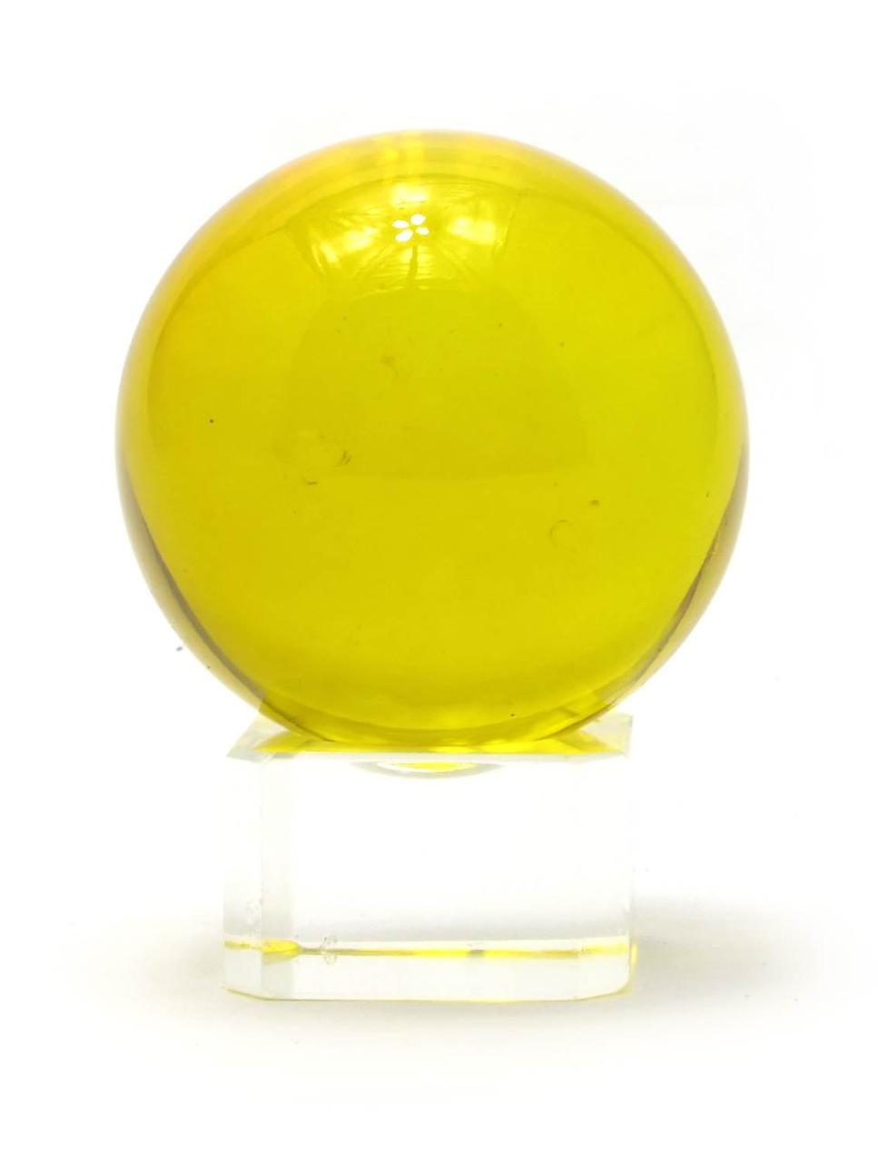 Шар хрустальный на подставке желтый (4 см)