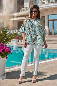 Летний женский костюм джинсы и туника с открытыми плечами, размеры 50-60