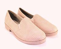 Нежные женские туфли на низком каблуке розового цвета
