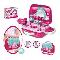 Набор аксессуаров для девочки в чемодане 008-933