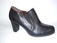 Туфли женские,ботильоны черные,удобный каблук,стильный модный дизайн,эко-кожа размерная сетка 40 маломерят