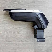 Підлокітник armcik s4 з зсувною кришкою і регульованим нахилом для Ford Fiesta 2017+
