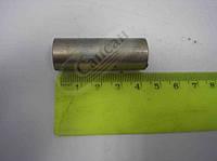 Втулка распорная подушки радиатора  16х13х45. 5320-1302031