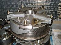 Ступица переднего  колеса в сборе с тормозным барабаном.. 5511-3103007