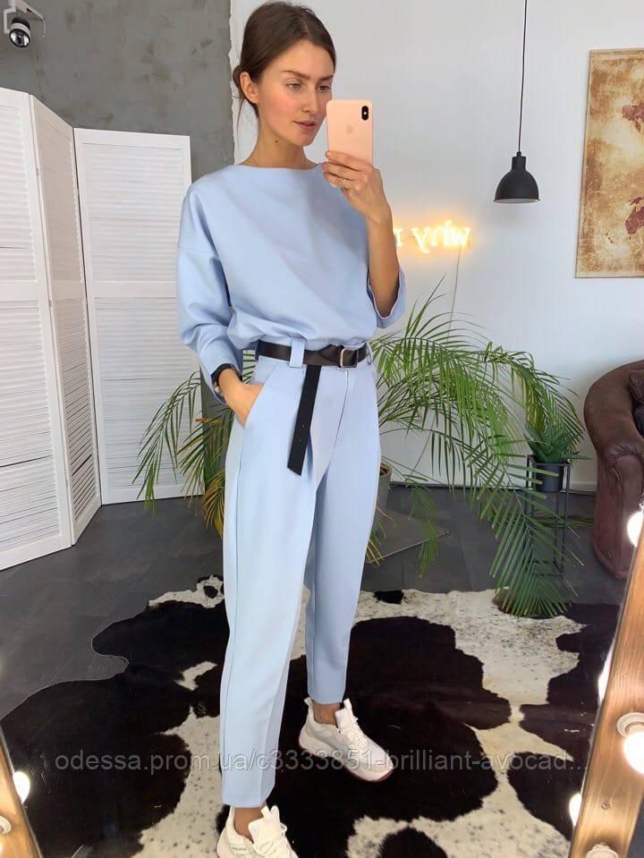 Модный женский летний классический костюм
