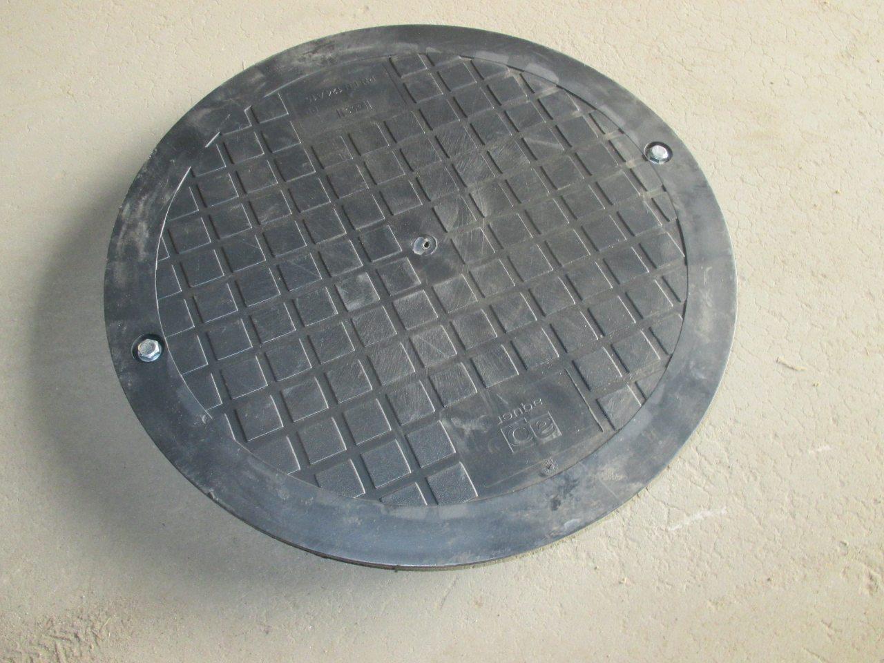 Крышка колодец из полипропилена D425, H48 для сада