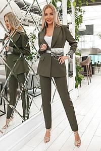 Женский брючный костюм с пиджаком