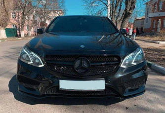 Решетка радиатора Mercedes W212 (13-16) Avantgarde стиль E63 AMG (черная)