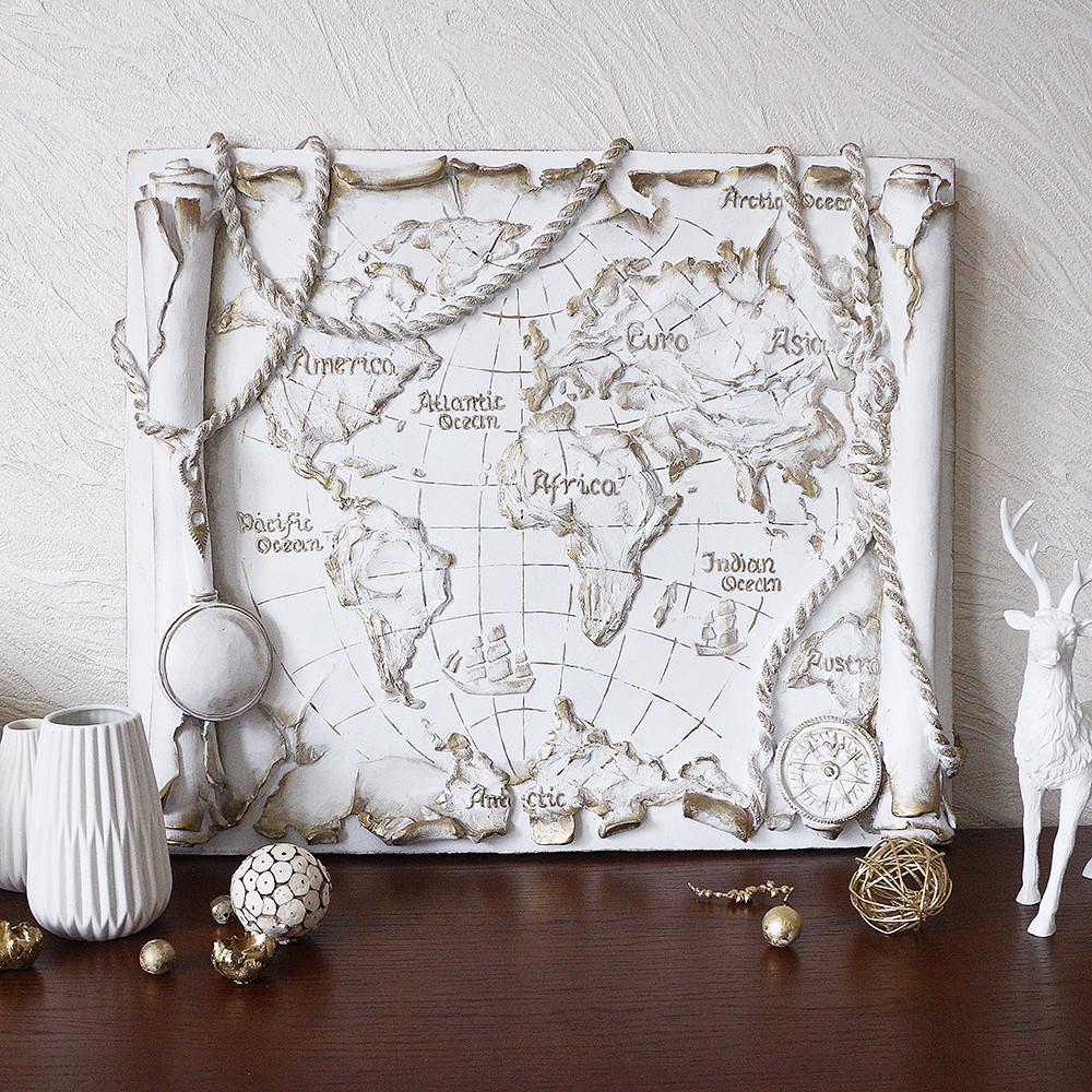 Барельеф Древняя карта мира