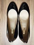 Туфли женские чёрные лаковые Guess, фото 2