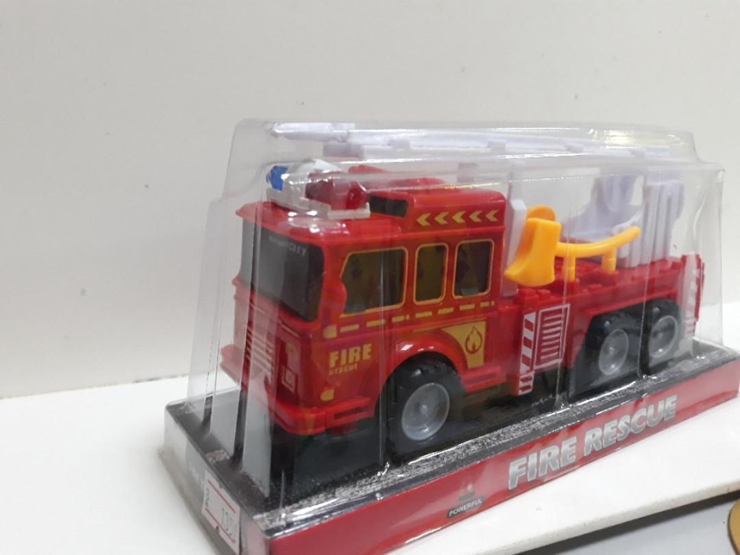 Машинка пожарная краснаяс подъемным краном