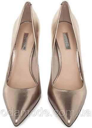 Туфлі жіночі шкіряні золотисті Guess