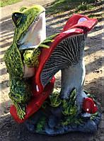 Гипсовая фигурка для сада Жаба на грибе, 35 на 22 см