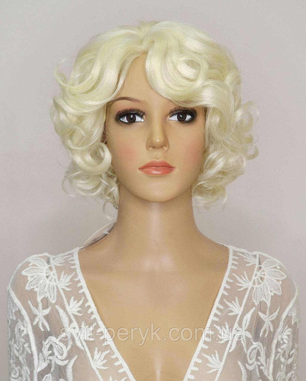 Парик Marilyn Monroe