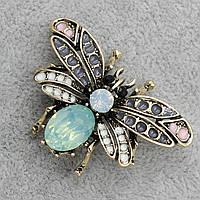 Брошь в виде насекомого с кристаллом 35х50мм