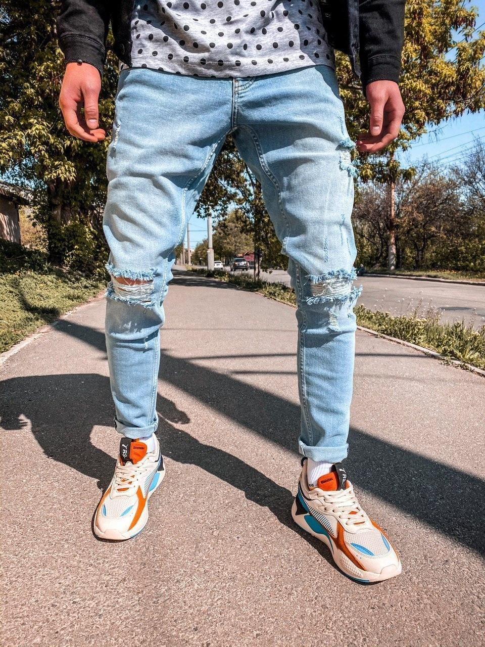 Джинси - чоловічі блакитні джинси рвані хорошої якості