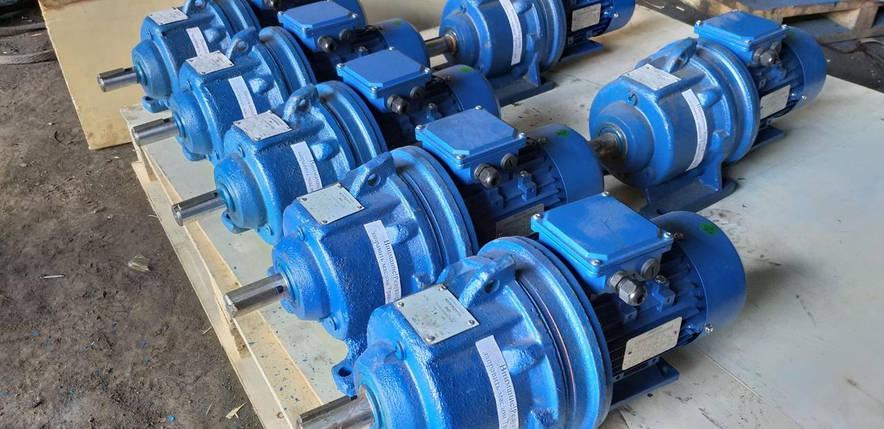 Мотор - редуктор 3МП63 - 56 с эл.двигателем 7,5 квт 1500 об.мин, фото 2