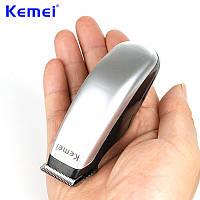 Машинка-триммер Kemei Km-9612 для стрижки усов и бороды, аккумуляторная, 3 насадки, фото 1
