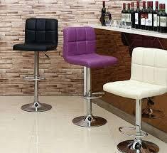 Барные стулья и табуреты