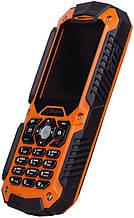 "Кнопочный телефон сигма защищенный на 1 сим карту с камерой Sigma Х-treme IT67m black-orange 2.2"" АКБ 1700мА*ч"