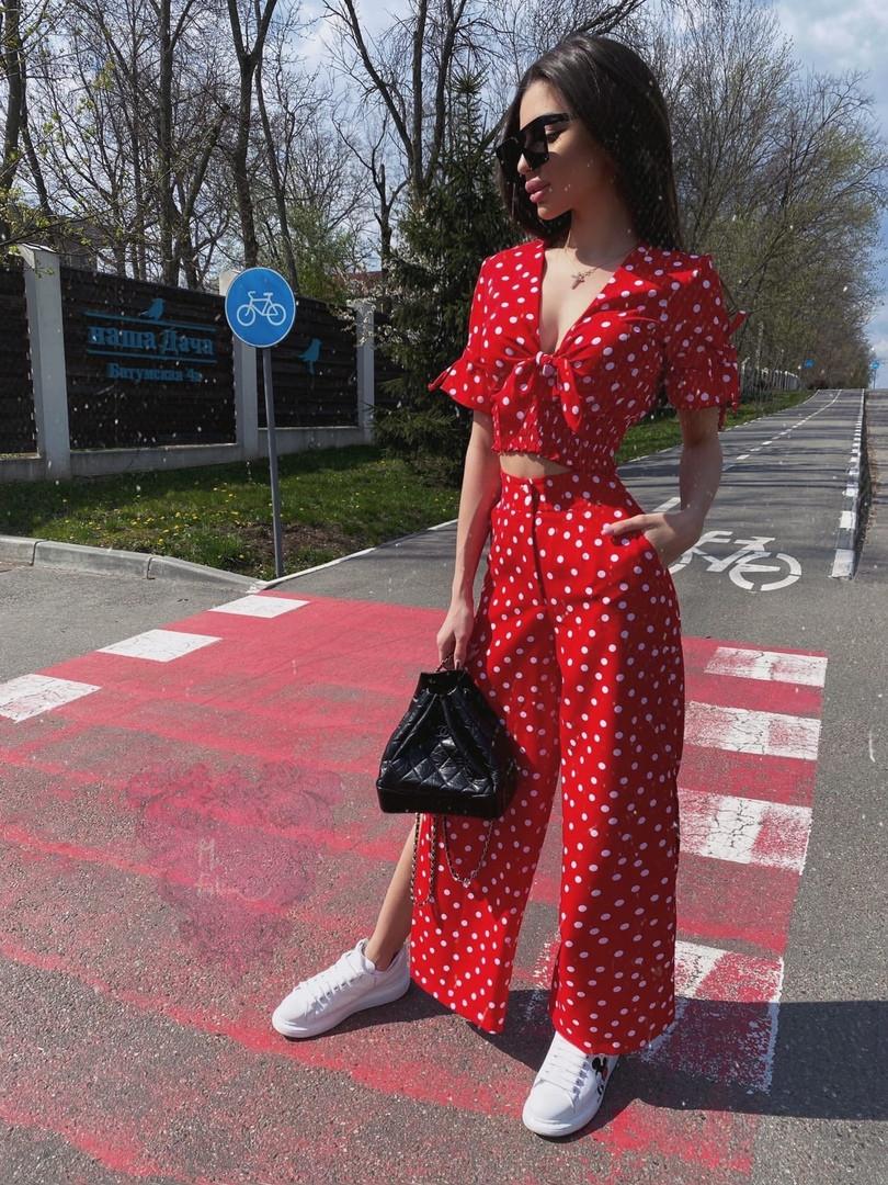 Женский летний брючный костюм в горошек с топом и брюками - кюлотами 71kos630