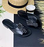 Босоножки-шлепанцы кожаные на плоской бортовой подошве и небольшом каблуке, фото 3
