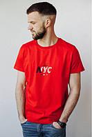 Красная футболка с надписями NYC