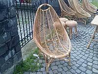 Плетеное кресло из лозы