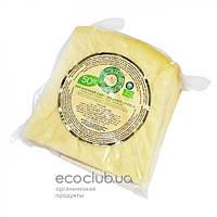 Сыр твердый Украинский органический 50% Organic Milk 1кг