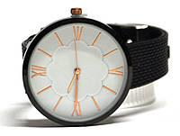 Часы на силиконовом ремешке 215