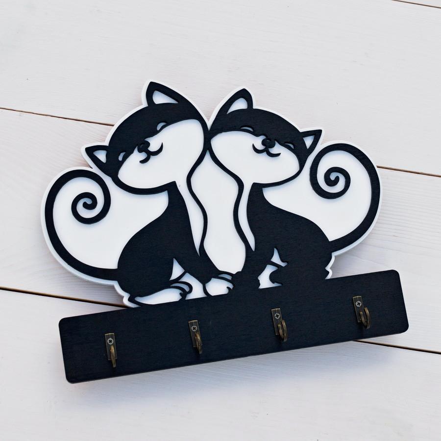 Ключница настенная из дерева и фанеры для ключей в прихожую с котами