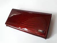Кошелек лаковый бордовый женский кожаный застежка кнопка с монетницей на защелке внутри Balisa B826-2