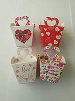 Коробка подарочная в асортименте 6*6*5см код (04297)