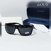 Мужские солнцезащитные  очки Gucci с поляризованными линзами черные