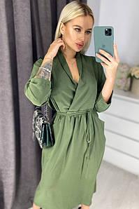 Красивое оливковое  женское платье на запах до колен с пояском