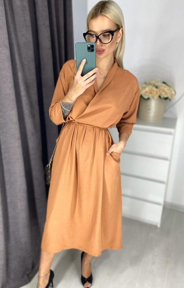 Красивое женское платье на запах до колен с карманами цвет кирпичный