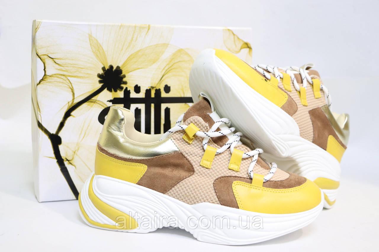 Стильные молодежные кроссовки желтого цвета.Стильні молодіжні кросівки жовтого кольору.