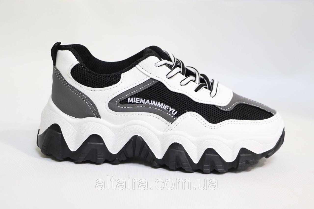 Стильные женские кроссовки бело-черного цвета, сетка. Стильні жіночі кросівки біло-чорні, сіткаи