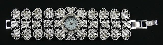 Женские наручные часы - браслет