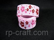 Репсова Стрічка. Квіти на світло-рожевому тлі, 26 мм