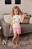 Красивый костюм для девочки на лето с розовыми шортами