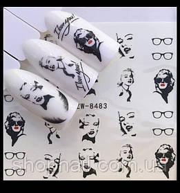 Наклейки на ногти Девушки