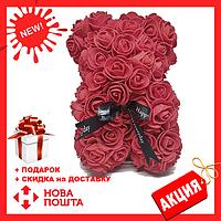Красивый мишка из латексных 3D роз 25 см с лентой в подарочной коробке | Бордо, фото 1