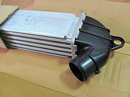 Интеркулер Fiat Doblo 00-09 1.3-1.9JTD Multijet NRF