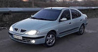 Ветровики боковых окон, дефлекторы на Рено Меган хетчбэк и седан / Renault Megane 4/5d 1995-2002 год