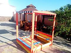 Песочница деревянная с крышей